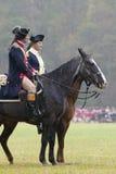 Le Général Washington et personnel passent en revue des soldats de patriote au champ de reddition pendant le 225th anniversaire d Photographie stock