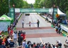 Le gagnant des femmes de marathon d'Ottawa Photos libres de droits