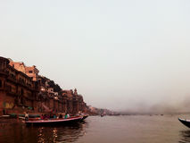 Le Gange à Varanasi Photos stock