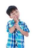 Le garçon beau asiatique a le mal de dents D'isolement sur le backgr blanc Photo stock