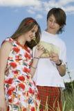 Le garçon et la fille image libre de droits