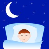 Le garçon tiré dort dans un lit Photos libres de droits