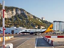 Le Gibraltar, atterrissage d'avions, piste d'aéroport Image libre de droits