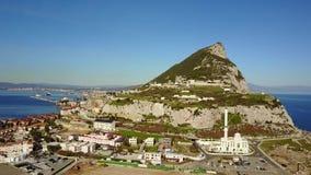 Le Gibraltar célèbre qui est territoire britannique d'outre-mer, péninsule ibérienne banque de vidéos
