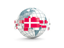 Le globe avec le drapeau du Danemark a isolé sur le blanc Photographie stock
