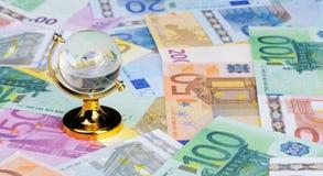 Le globe pour l'euro Images stock