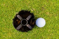 Le golf est un sport qui est populaire autour du monde et bon pour la santé images stock