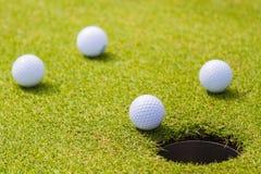 Le golf est un sport qui est populaire autour du monde et bon pour la santé photographie stock