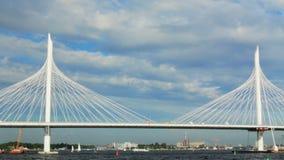 Le Golfe de la Russie St Petersburg Câble-est resté le pont clips vidéos