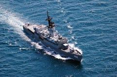 Le golfe de Thaïlande, vers en décembre 2009 : HTMS Phutthaloetla Naphalai FF 462 patrouillait pour l'activité illégale en mer Images libres de droits