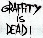 Le graffiti est signe mort Image stock