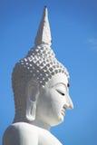 Le grand Bouddha blanc dans le temple de la Thaïlande images libres de droits