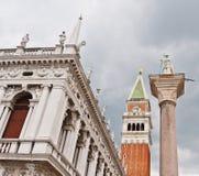 Le grand dos de repère de saint à Venise images stock