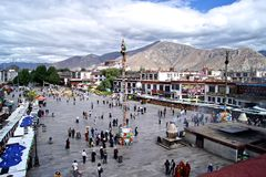 Le grand dos de temple de Jokhang Images libres de droits