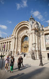 Le Grand Palais en París Imágenes de archivo libres de regalías