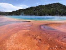 Le grandi primavere prismatiche del parco nazionale di Yellowstone immagini stock libere da diritti