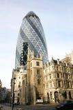 Le gratte-ciel de Londres, 30 St Mary Axe a également appelé Gherkin Images stock