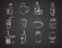Le griffonnage boit, wine, bière, bouteilles collection tirée par la main de vecteur de boissons illustration stock