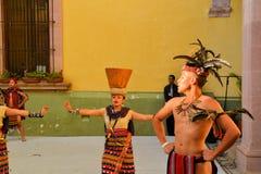 Le groupe canadien-Philippino de danse exécute Images libres de droits