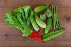 Le groupe de concombres végétaux, aubergines thaïlandaises, longs beens, Winged soit photographie stock libre de droits