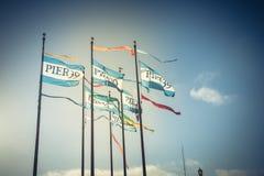 Le groupe de ton de vintage du pilier 39 marque l'ondulation au coucher du soleil, San Franci photo libre de droits