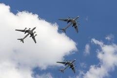 Le groupe du Tupolev stratégique soviétique Tu-95 de bombardier Photographie stock