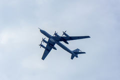 Le groupe du Tupolev stratégique soviétique Tu-95 de bombardier Photo libre de droits