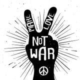 Le grunge a affligé la silhouette de signe de paix avec font la guerre d'amour pas illustration stock