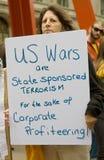 Le guerre degli Stati Uniti sono terrorismo patrocinato condizione immagini stock