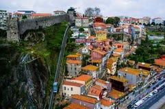 Le Guindais funiculaire à Porto image libre de droits