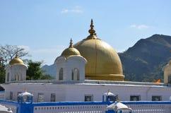 Le Gurdwara sikh (temple) dans Rewalsar Images libres de droits