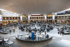 Le hall de attente à l'aéroport de Ben Gurion, Tel Aviv Photos stock
