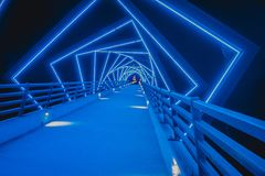 Le haut pont de traînée de chevalet dans Boone, Iowa au cours de la nuit photo libre de droits