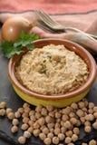 Le houmous, les repas quotidiens en Israël a fait à partir des pois chiches et de l'ingredi image libre de droits
