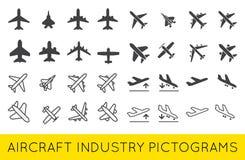 Le icone dell'aeroplano o degli aerei hanno fissato il vettore SilhouetteSet della raccolta illustrazione di stock