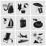 le icone della spiaggia hanno fissato la vacanza di corsa illustrazione di stock