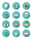 Le icone dentarie piane moderne hanno messo con effetto ombra lungo Immagine Stock Libera da Diritti