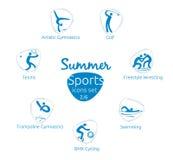 Le icone di sport dell'estate hanno messo, 2 di 6, illustrazione di vettore, modello Fotografie Stock Libere da Diritti