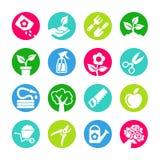 Le icone di web hanno messo - facendo il giardinaggio, strumenti, fiori Immagine Stock
