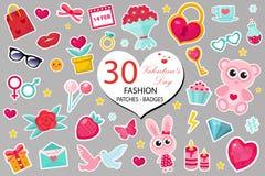 Le icone felici di modo del giorno del ` s del biglietto di S. Valentino messe o gli autoadesivi rattoppa lo stile comico 80s Per Fotografia Stock