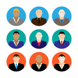 Le icone variopinte dei fronti del maschio di affari hanno messo nello stile piano d'avanguardia Immagine Stock Libera da Diritti