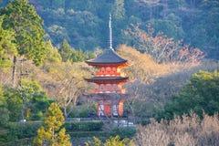 Le Japon voyage Kyoto Kiyomizudera en avril 2018 photos stock