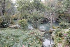 Le jardin de piscine dans le temple de wuhou, adobe RVB photos stock