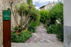 Le jardin de poètes à Morella Photo libre de droits
