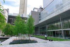 Le jardin principal de MoMA, musée d'art moderne à Manhattan, NYC Photos stock