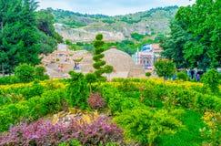 Le jardin vert dans Abanotubani, Tbilisi Photo libre de droits
