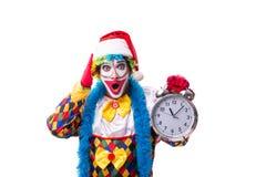 Le jeune comédien drôle de clown d'isolement sur le blanc photographie stock libre de droits
