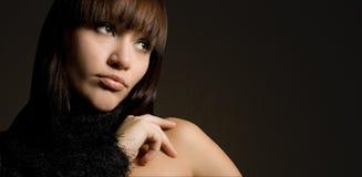 Le jeune femme avec le cheveu de brun de ? Photos stock