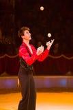 Le jongleur exécutent Photo stock