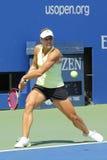 Le joueur de tennis professionnel Angelique Kerber d'Allemagne pratique pour l'US Open 2014 chez Billie Jean King National Tennis Image libre de droits